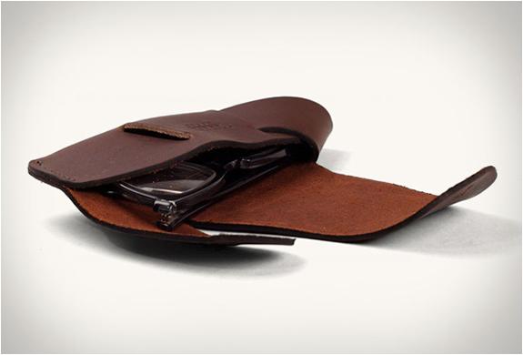 tanner-goods-eyeglass-case-3.jpg | Image