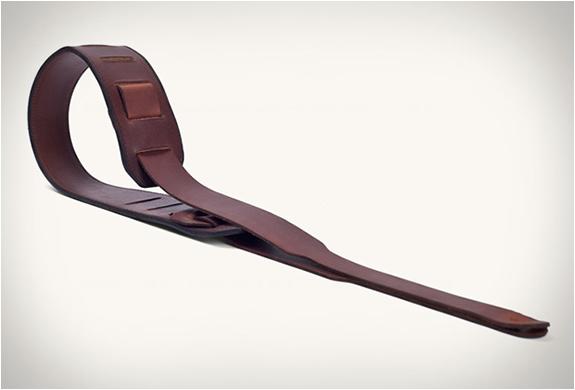 tanner-goods-guitar-strap-4.jpg | Image