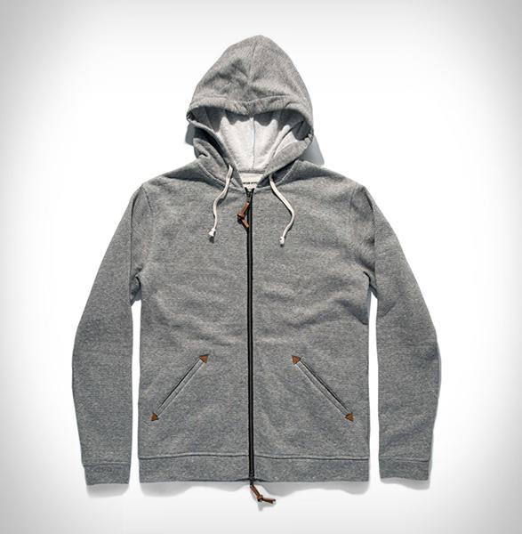 taylor-stitch-apres-hoodie-3.jpg | Image