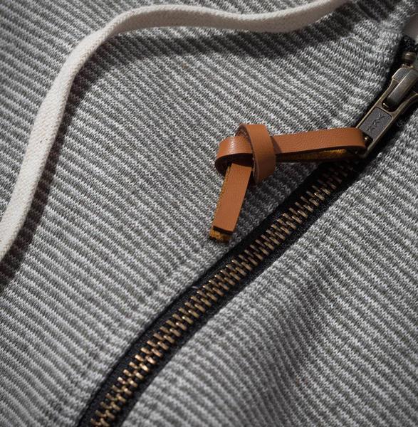 taylor-stitch-apres-hoodie-4.jpg | Image