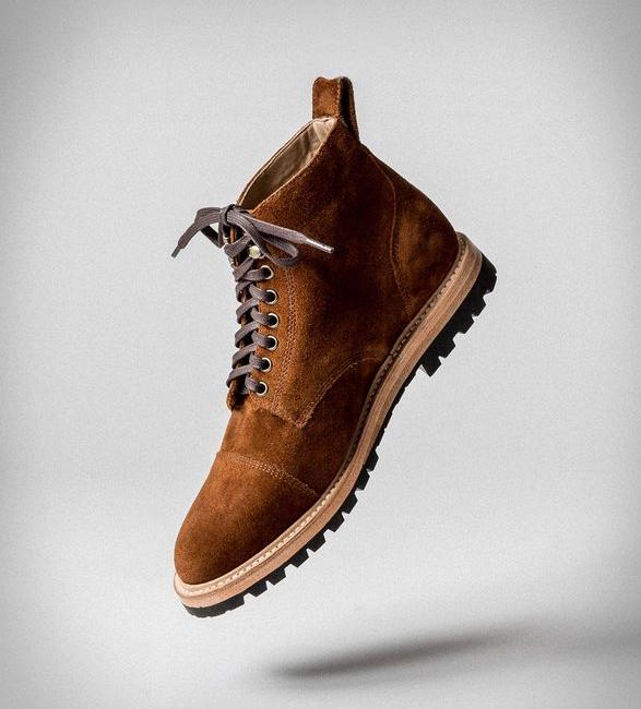 taylor-stitch-moto-boot-2.jpg | Image
