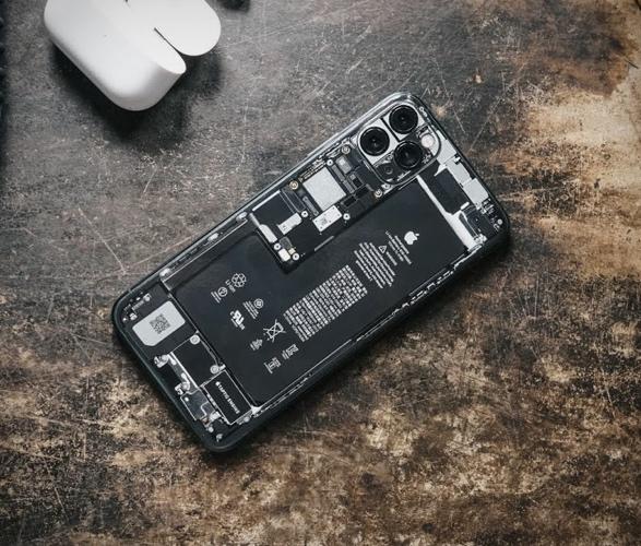 teardown-phone-cases-6.jpg