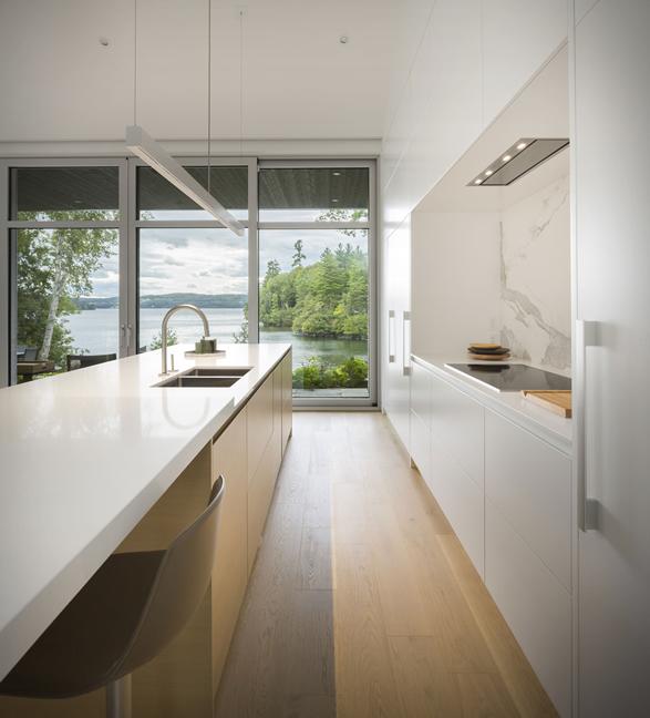 the-slender-house-8.jpg