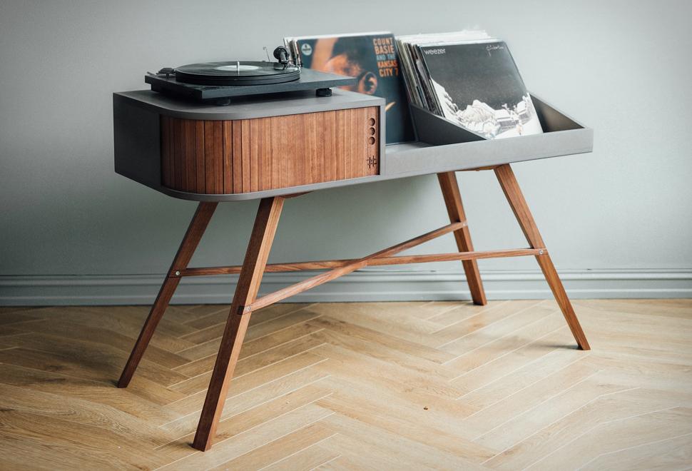 HRDL Vinyl Table | Image
