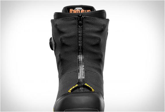 thirtytwo-mtb-jeremy-jones-snowboard-boot-3.jpg   Image