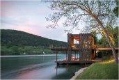 thum_bunny-run-boat-dock.jpg