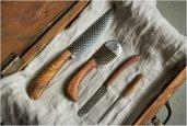 thum_chelsea-miller-knives.jpg