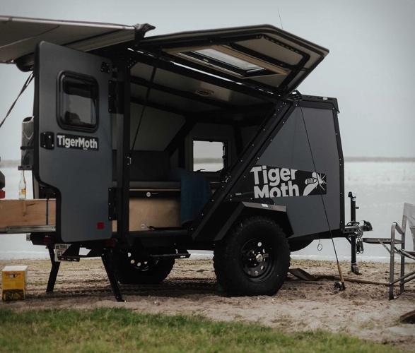 tiger-moth-camper-10.jpg