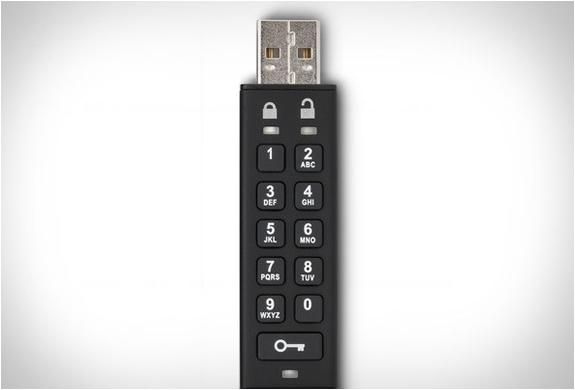 toshiba-encrypted-usb-flash-drive-2.jpg | Image