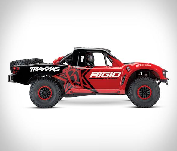 traxxas-rc-desert-racer-6.jpg