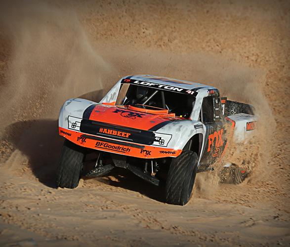 traxxas-rc-desert-racer-7.jpg