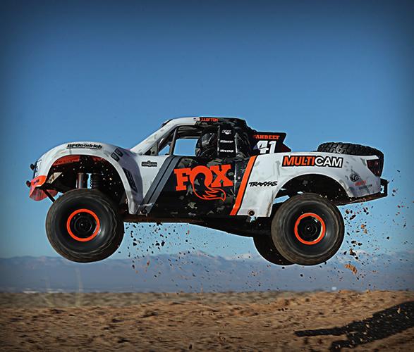 traxxas-rc-desert-racer-8.jpg