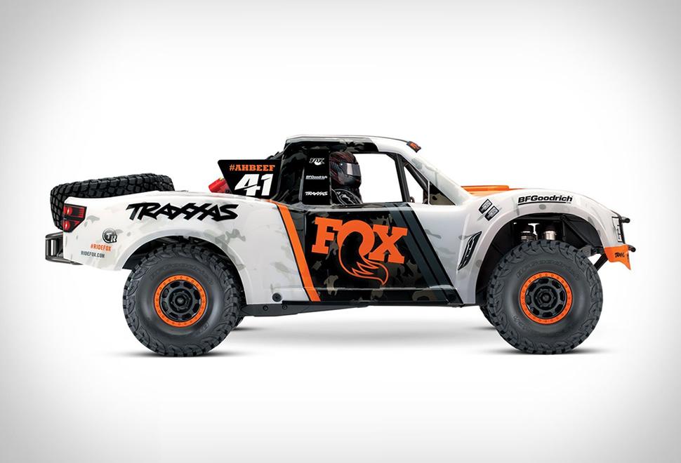 Traxxas Unlimited RC Desert Racer | Image