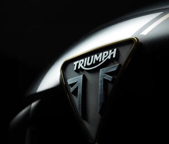 triumph-rocket-3-tfc-7.jpg