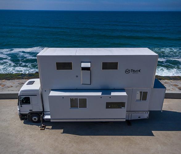 truck-surf-hotel-10.jpg