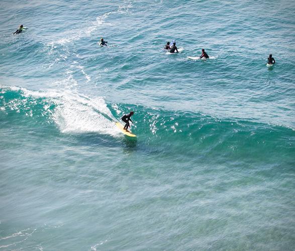 truck-surf-hotel-13.jpg