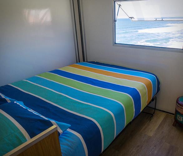 truck-surf-hotel-8.jpg