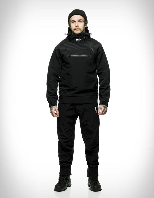 tuxy-storm-suit-2.jpg | Image