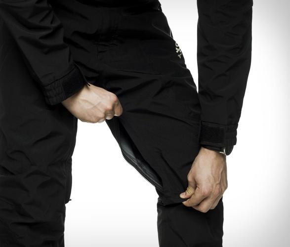tuxy-storm-suit-8.jpg