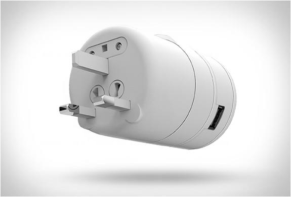 twist-world-travel-adapter-3.jpg | Image