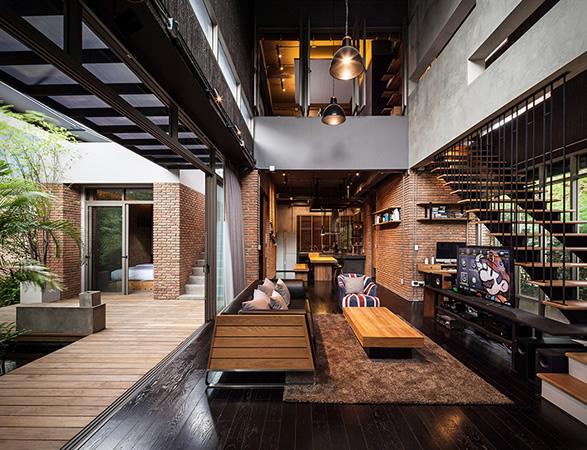 two-houses-at-nichada-2.jpg | Image