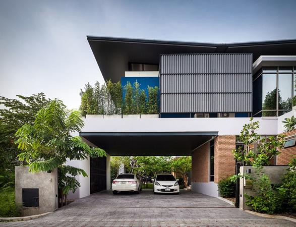 two-houses-at-nichada-4.jpg | Image