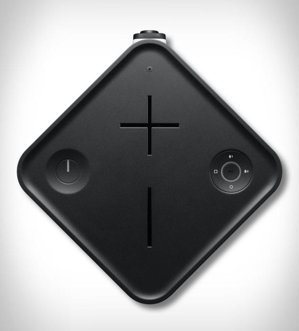 ultimate-ears-hyperboom-speaker-4.jpg | Image