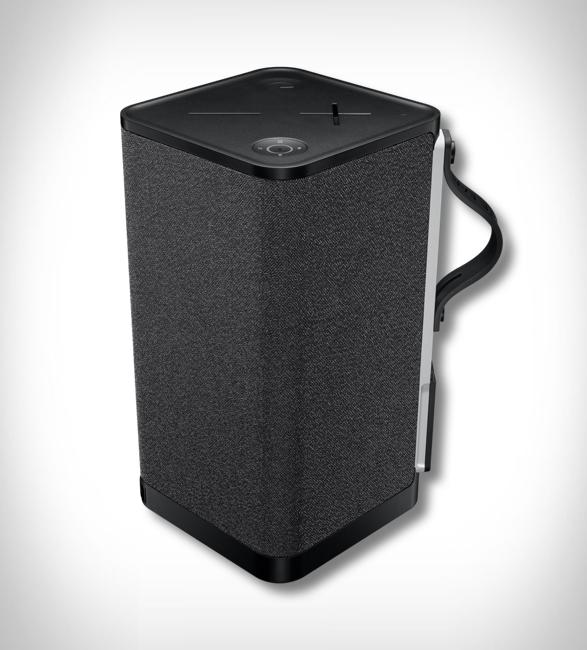 ultimate-ears-hyperboom-speaker-7.jpg