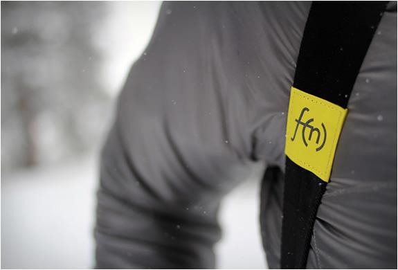 ultralight-snowboard-carry-system-4.jpg | Image