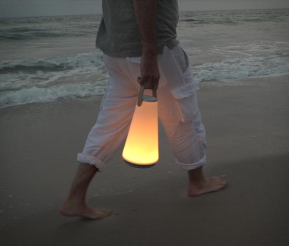 uma-sound-lantern-6.jpg