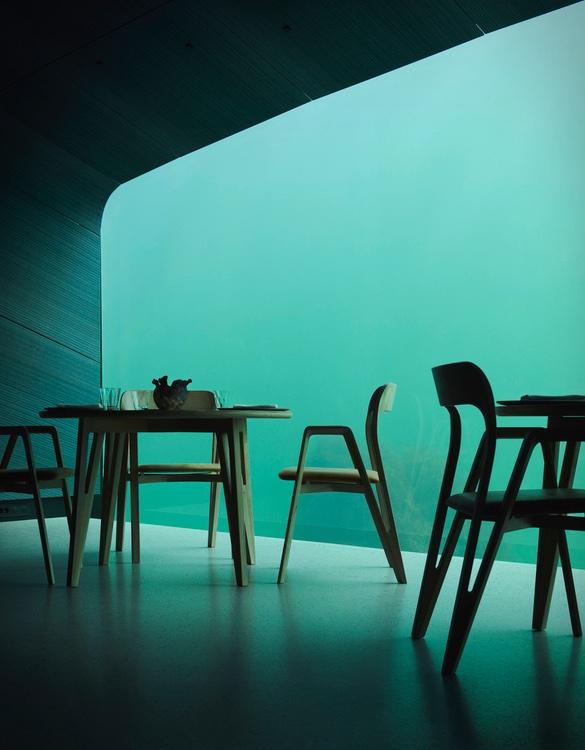 under-restaurant-7.jpg