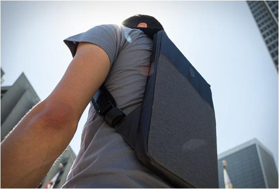 under-the-jack-laptop-bag-5.jpg | Image