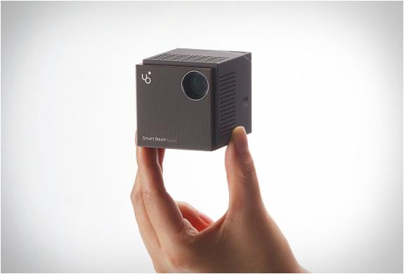 uo-smart-beam-laser-projector-4.jpg | Image