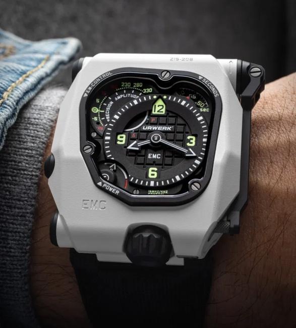 urwerk-emc-timehunter-watch-9.jpg