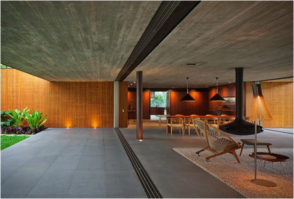 v4-house-studio-mk27-4.jpg | Image