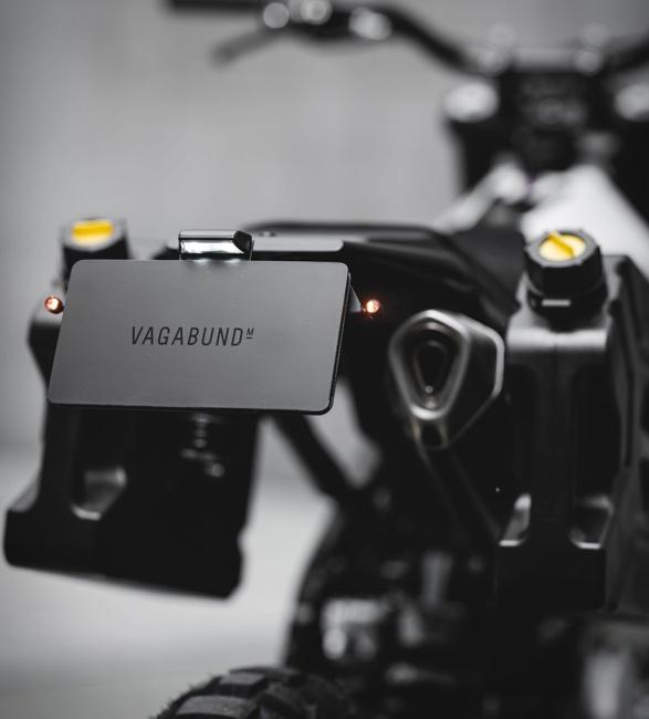 vagabund-honda-nx650-7.jpg