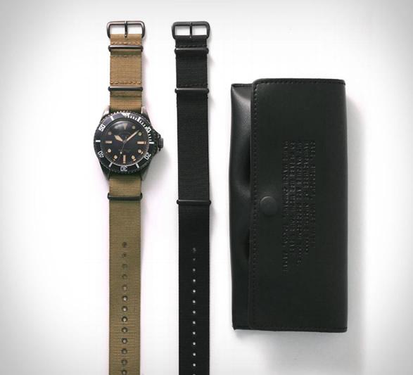 vague-black-submariner-watch-5.jpg   Image