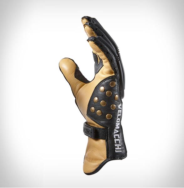 velomacchi-speedway-gloves-3.jpg | Image