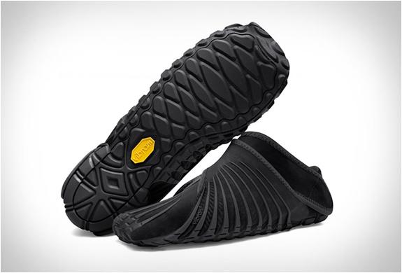 vibram-furoshiki-shoe-2.jpg | Image
