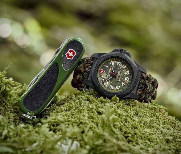 victorinox-camo-inox-carbon-limited-edition-7.jpg