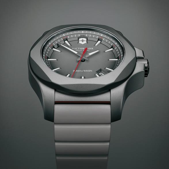 victorinox-inox-titanium-6.jpg