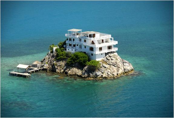 villa-on-dunbar-rock-3.jpg | Image