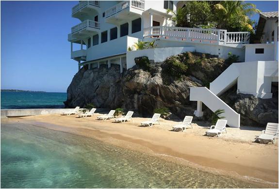villa-on-dunbar-rock-6.jpg