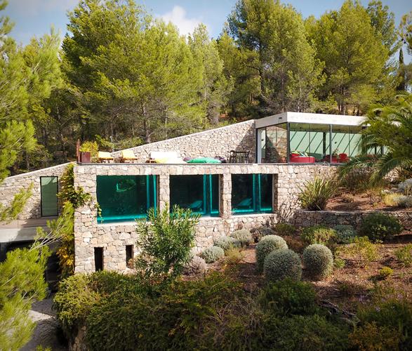 villa-on-the-rocks-1.jpg | Image