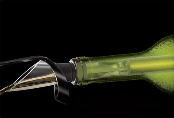 vinoice-wine-chiller-pourer-2.jpg | Image