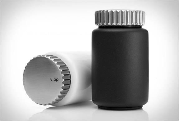 vipp-salt-pepper-mills-5.jpg | Image