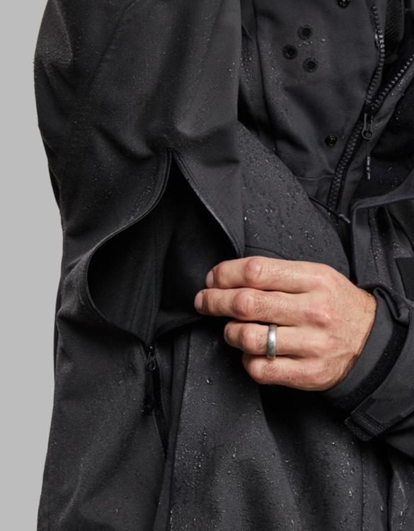 vollebak-100-year-jacket-4.jpg   Image