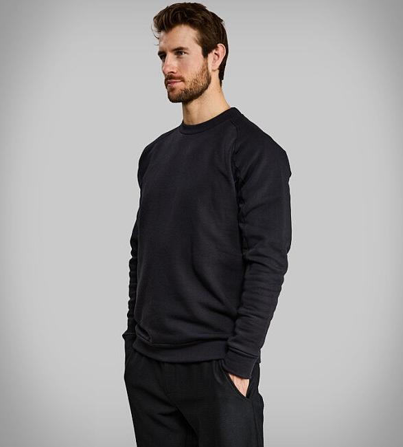 vollebak-100-year-sweatshirt-3.jpg | Image