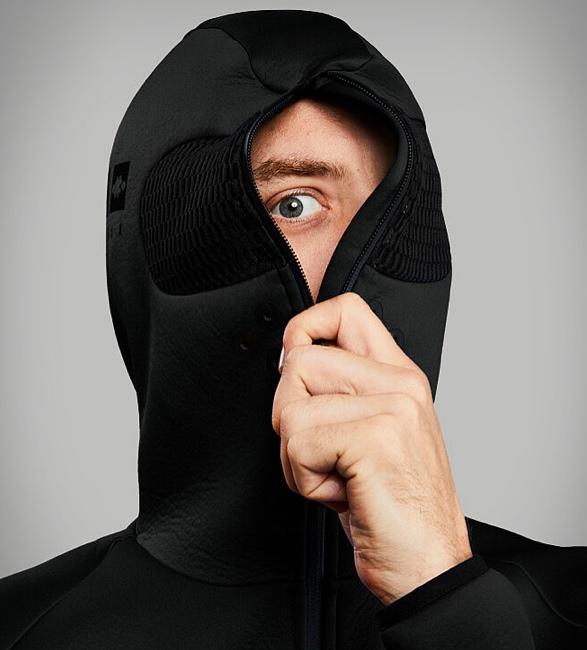 vollebak-blackout-relaxation-hoodie-4.jpg | Image