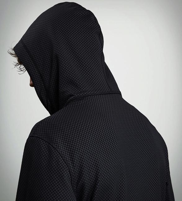 vollebak-ceramic-hoodie-3.jpg | Image